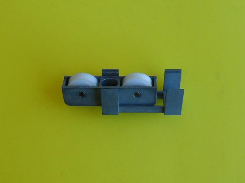 Roulette renovation baie vitr e coulissante r f dnr03414g130 for Roulette pour baie coulissante