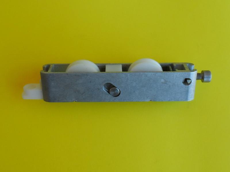 roulette renovation baie vitr e coulissante r f dr013680. Black Bedroom Furniture Sets. Home Design Ideas